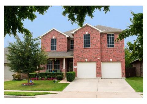 Priced below market value at only $355,000!