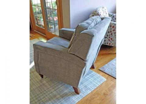 LAZBOY Dane Low Profile Gray Recliner (Concord, OH)